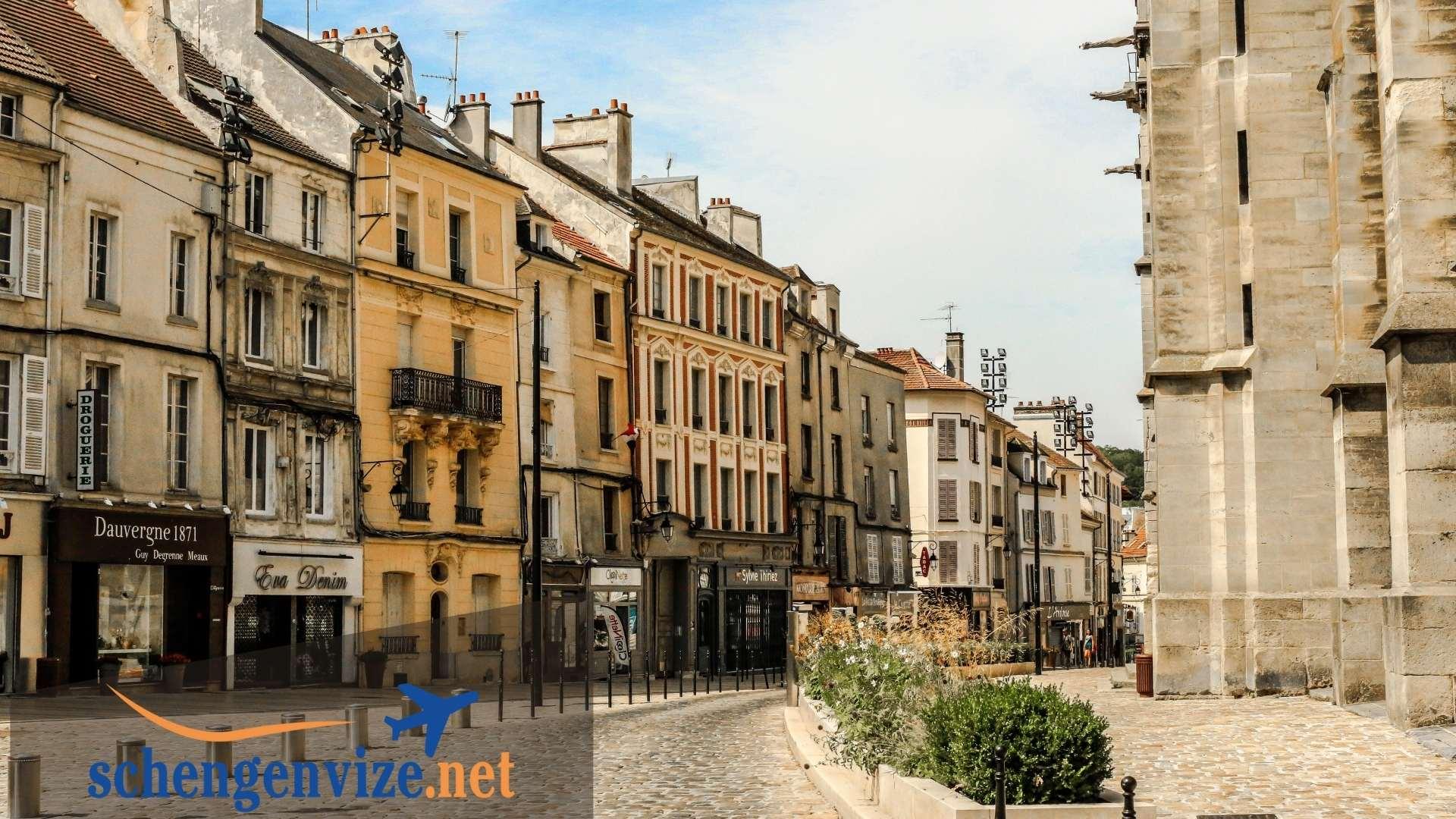 Fransa Aile ve Arkadaş Ziyareti Vizesi