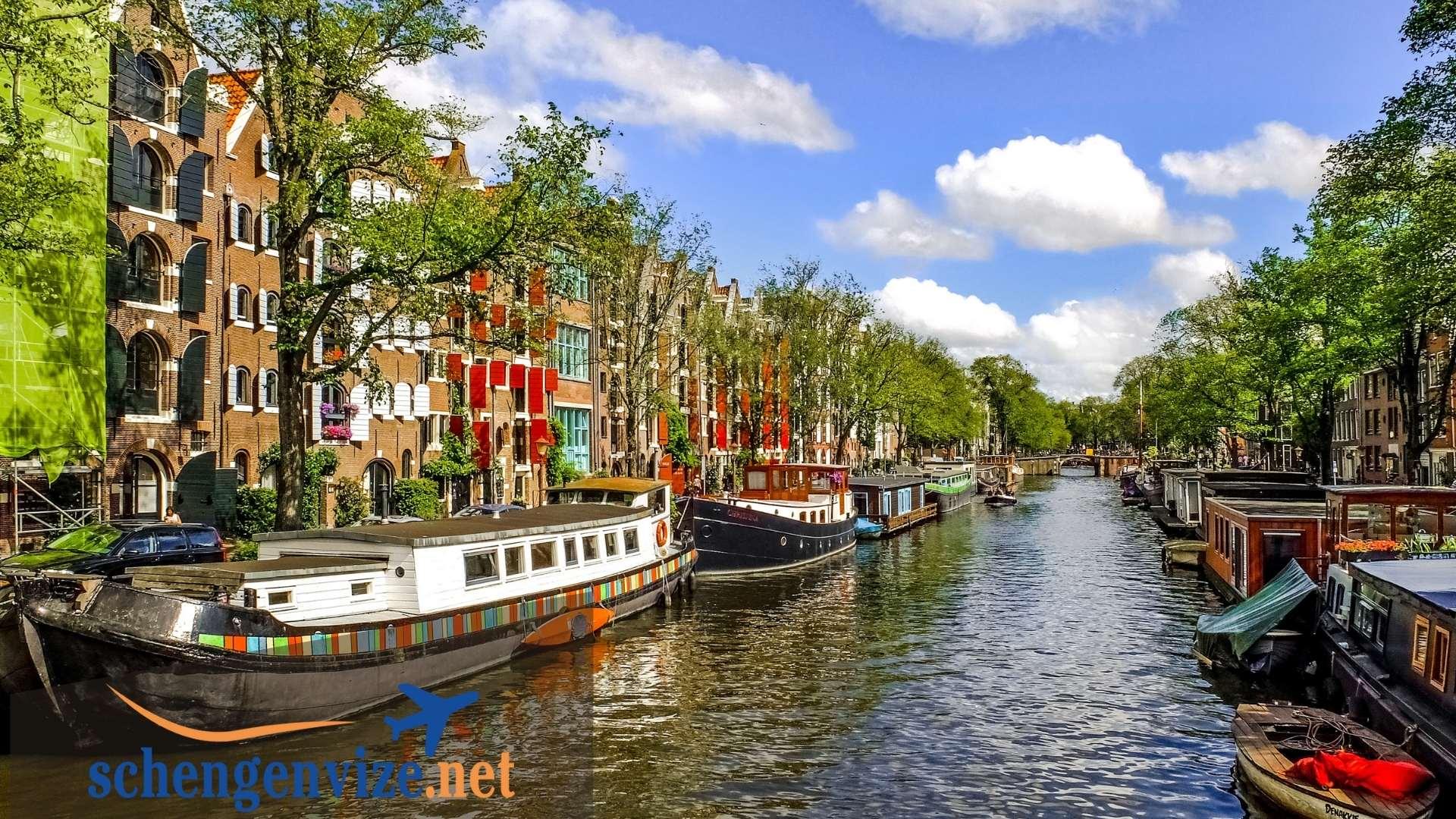 Hollanda Aile Ziyareti Vizesi Evrakları
